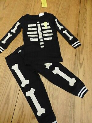 NWT Boys SKELETON Glow in the Dark pajamas size 2T  Long sleeve GYMBOREE ](Glow In The Dark Skeleton Pajamas Boys)