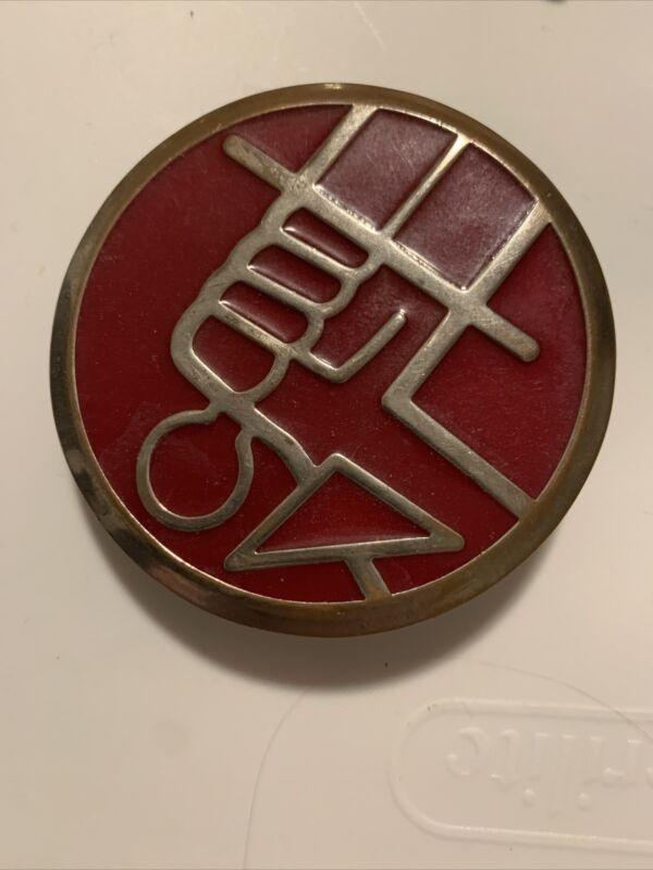 Hellboy Belt Buckle Universal Studios Chrome Bureau Paranormal Defense Rare J10