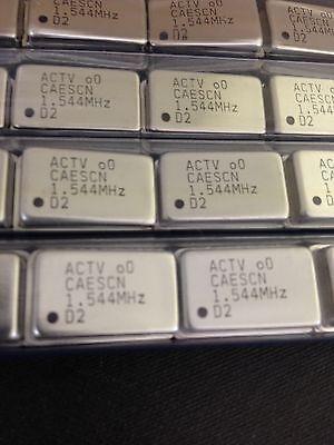 x25 **NEW** ACT1100 1.544 Mhz  Crystal Oscillator 4 PIN THROUGH HOLE
