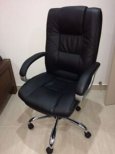 Leather Office / Computer chair Yagoona Bankstown Area Preview