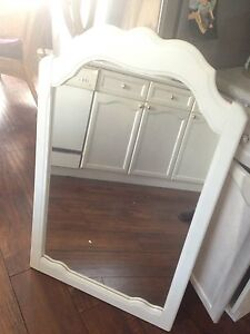 White DRESSER MIRROR for sale, great shape, only $12
