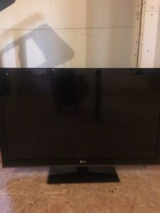 46 inch LG tv for sale