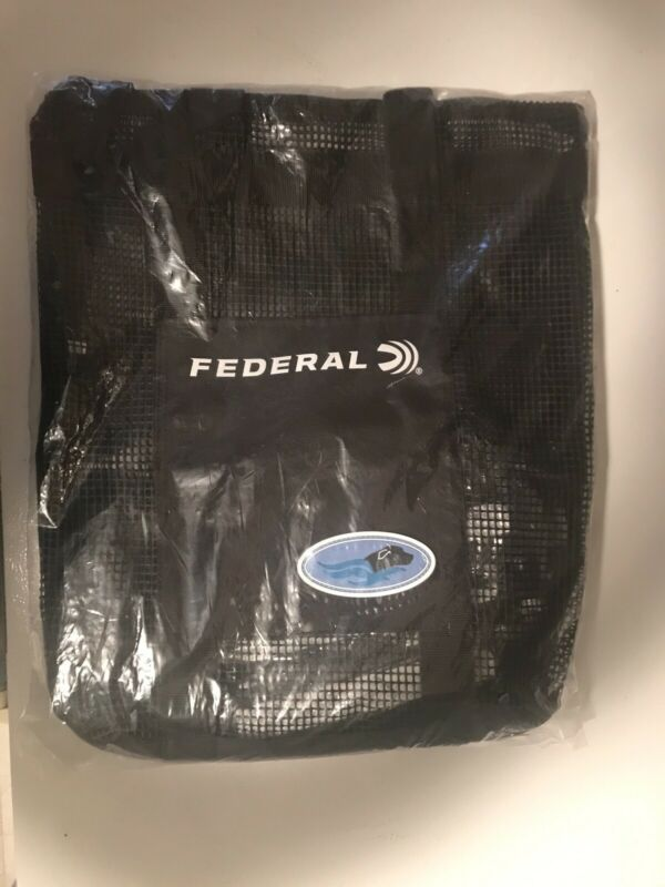 Avery Sporting Dog Swag Bag Includes 3 Hexa Bumpers & Mesh Carry Bag Brand New!