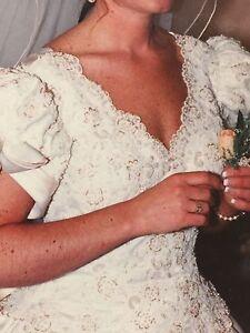 WEDDING DRESS  Windsor Region Ontario image 3