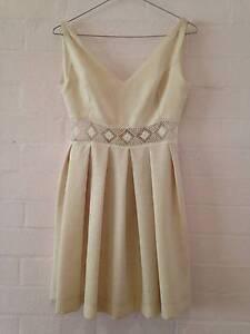 Virginia Hill Dress - Small Kurrajong Hawkesbury Area Preview