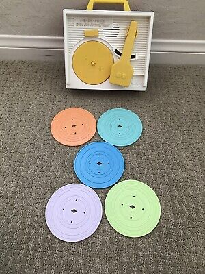 Fisher-Price Music Box Record Player - 5 Double Sided Records - 18 Months+ USED