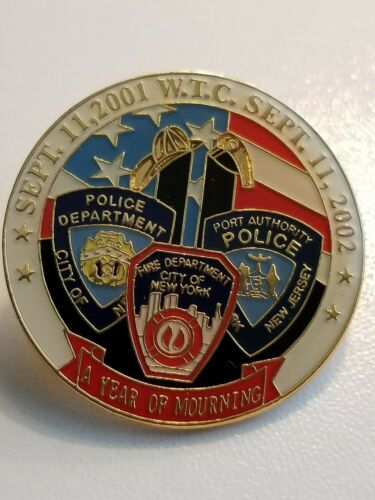 """9/11 TWIN TOWERS """"A YEAR OF MORNING"""" SEPTEMBER 11,2001 COMMEMORATIVE PIN"""