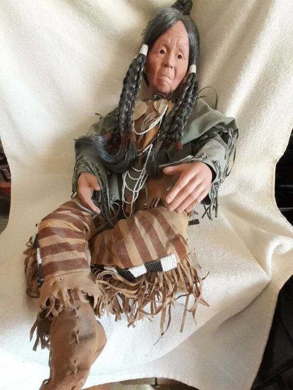 RARE! TIMELESS LIMITED COLLECTION NATIVE AMERICAN PORCELAIN DOLL 92/5000