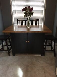 Country Time Kitchen Table
