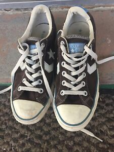 Converse All Star size 8.5 Women's Low Top leather suede