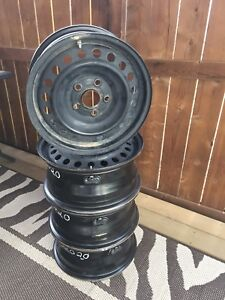 """Steel rims 16"""" with MTPS like new"""