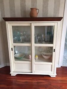 Traditional buffet hutch