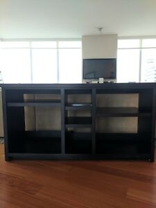 Entertainment Console for Pick-up In Coal Harbour