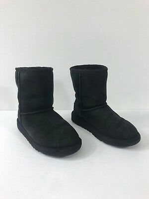 Used, Ugg Australia Kid's Youth Classic Short Boots Size 2 #422 for sale  La Puente