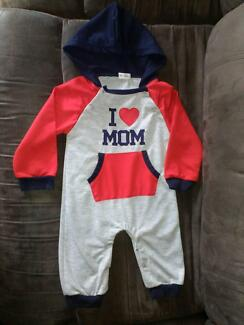 Baby hooded footless onesies 6-12mnths Eagleby Logan Area Preview