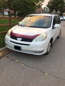 2004 Toyota Sienna LE for Sale