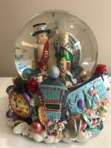 Christopher Radko Snow Globe Blower Musical Box New Year 2001