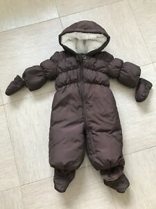 Gap 6-12 mos snowsuit