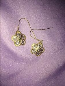 Gold and white gold earrings
