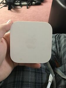 Apple airport internet router