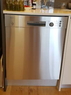 Dishwasher - Bosch almost brand new