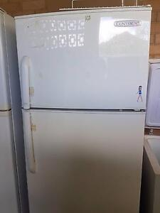 Centrex fridge freezer frost free 358L great condition Paralowie Salisbury Area Preview
