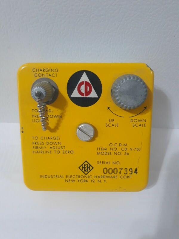 Civil Defense CD V-750 Radiological Dosimeter Charger