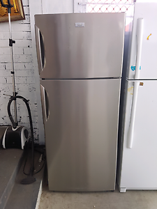 400L Electroluxs  fridge can deliver Wollongong Wollongong Area Preview