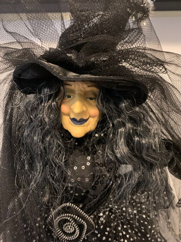 """Spooky Village Halloween Witch decoration With Broom 20""""  New"""