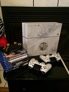 Ps4 Limited edition Destiny bundle  plus ps4 custom controllers