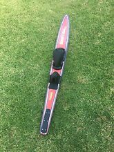 Fred Williams waterski for sale Edgeworth Lake Macquarie Area Preview