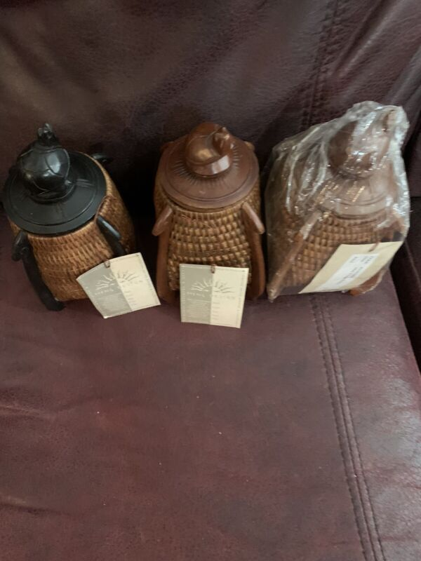 Meng Design Woven Wood Turtle Lid  Mini 4 Legs Basket Sets  Indonesia Handmade