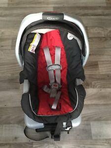 Siège d'auto pour bébé Snugride 30
