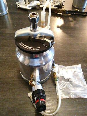 Mattson- 1 Qt Pressure Paint Spray Cupregulator