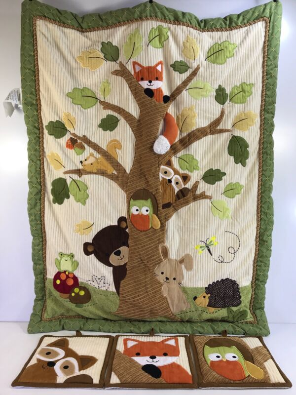 Lambs & Ivy Woodland Creatures Crib Comforter Quilt & 3 Wall Hangings