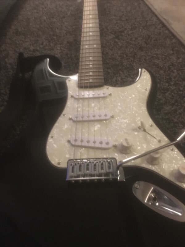 Squier By Fender Strat Electric Guitar