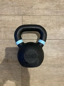 10kg Metal kettlebell good substitute for dumbbells