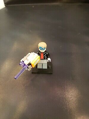 Lego Captian America mask Minifigure from set 76028 Spiderman Spider man minifig - Captian America Mask