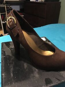 Christian siriano high heel. Size 6.5.