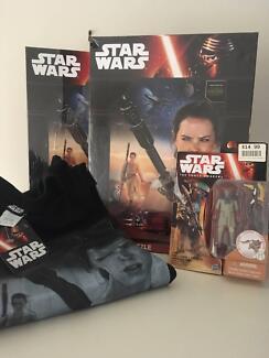 BRAND NEW Star Wars Bulk Lot - Shirt, Figure, Games. RRP $95