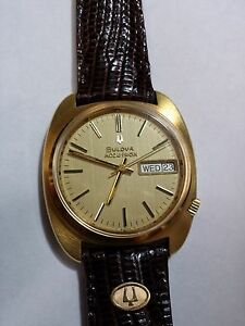 bulova accutron day date vintage solid 18k gold with