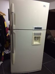 559L  White Top Mount Fridge with Water Dispenser Bellbird Park Ipswich City Preview