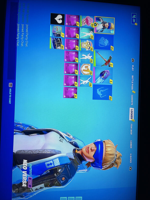 STACKED FORNITE ACCOUNT 300+ skins legit👍🏼SELLING MORE THAN 1 BUY NOW👍🏼