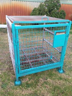 Heavy duty transport cage