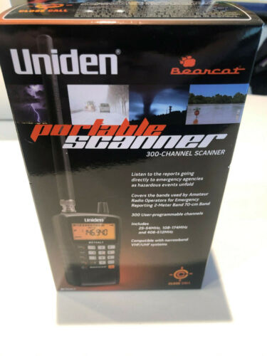 Uniden Bearcat 300-Channel Handheld Portable Scanner with Antenna BC75XLT