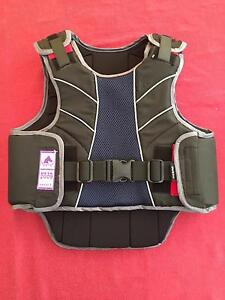 Dublin Horse Riding Vest Canning Vale Canning Area Preview