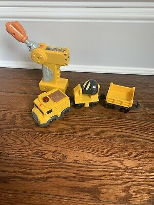 FISHER PRICE GEOTRAX Yellow Construction Train Remote and Train Working On Track