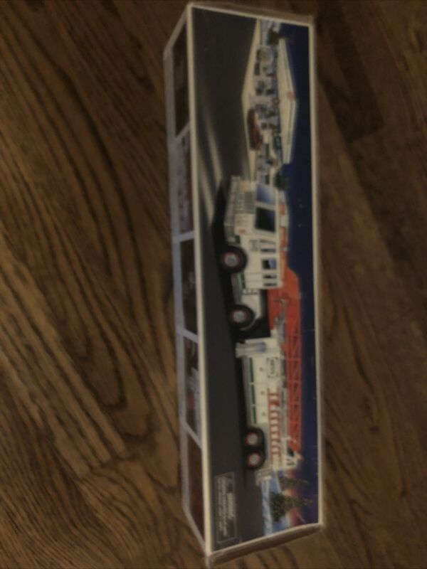 Hess Fire Truck 2000 Great Condition