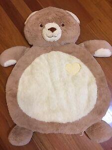 Bear floor mat Kearns Campbelltown Area Preview