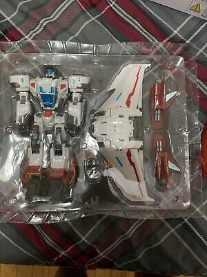 Make Toys Cross Dimension - MTCD05 Buster Skywing 3rd Party Transformers